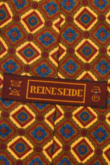 Reine Seide back