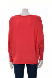 Women's sweater back