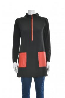 Women's tunic front
