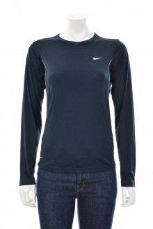 Nike front
