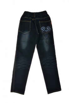 Girl's jeans back